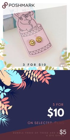 Gold Daisy Stud Earrings These are basic stud earrings on a standard gauge post. $5 for one pair of bundle 3 for just $10! Jewelry Earrings