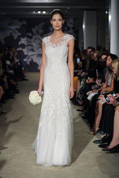 Las novias clásicas de Carolina Herrera 2015 en la New York Bridal Week Image: 23