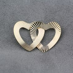 Pre-Owned Vintage14 Karat Yellow Gold Twin Heart Pin $125.00