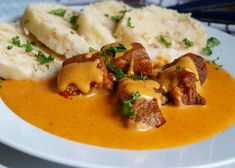Vepřové na paprice - TopRecepty.cz Pork Tenderloin Recipes, What To Cook, Thai Red Curry, Stew, Mashed Potatoes, Food And Drink, Treats, Chicken, Cooking