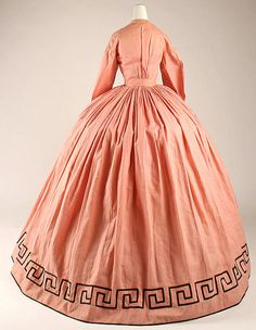 Dress (image 5) | American | 1862 | cotton, wool | Metropolitan Museum of Art | Accession Number: 1981.149.1a, b