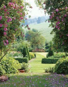 Délicieux jardins vus sur Le cottage de Gwladys