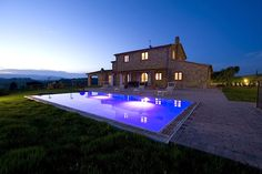 PISA HOLIDAY RENTALS - Luxury Villa Vacation Rentals with private pool    http://www.vacation-key.com/location_42994.html