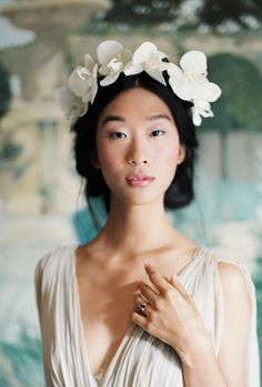 20 Cool & Current Hair Ideas for Fashion Brides | Bridal Musings Wedding Blog