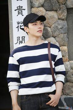 Cute Korean, Korean Men, Yeon Woo Jin, Handsome Korean Actors, Jin Goo, Sad Movies, Child Actors, Comedy Films, Kim Min