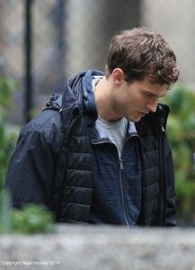 """NEW/OLD PICS of Jamie on """"Fifty Shades of Grey"""" set in UHQ Tagged — January 29 