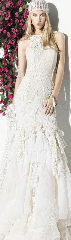 Yolan Cris  http://daqali.com/fashion/941-yolan-cris-2013-81-.html