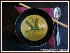 Helmenvalkoinen maailma: Kolmen juuston parsakeitto