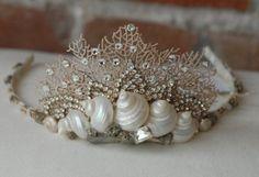 crown of seashells   il_570xN.114747107.jpg