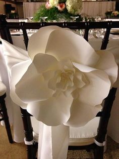 10 Large Paper Flowers Decorative Chair by DragonflyExpression Large Paper Flowers, Paper Flowers Wedding, Paper Flower Wall, Paper Flower Backdrop, Giant Paper Flowers, Diy Flowers, Pew Decorations, Wedding Decorations, Wedding Reception Chairs