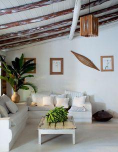Localizada na cidade baiana de Trancoso, esta casa guarda uma história de astral vibrante, aroma único e elementos acolhedores