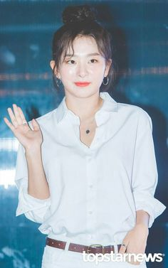 180901 Converse 'One Star Golmok' Event All Actress, Kang Seulgi, Red Velvet Seulgi, Converse One Star, Girl Group, Joy, Youtube, Color, Glee