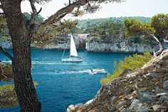 Sea and boat. And smell of Mediterranean summer by ecobo, via Flickr, Calanque de Cassis, Mediterranean France
