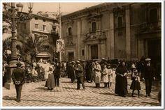 Plaza de la Virgen - Adoquinado 1920. Valencia
