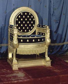 Arts décoratifs Premier Empire - Trône de Napoléon 1er, exécuté par Jacob Desmalter pour la salle du trône du château de Saint-Cloud (1808 – Fontainebleau)