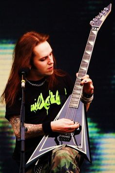 Alexi Laiho -  Children of Bodom. This guy shreds like its no ones' business, just wish he'd let someone else sing.