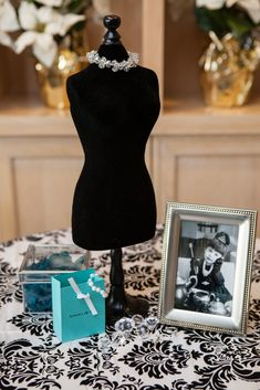 I have black and white polka dress form - add pearls. Tiffany Illustration in frame - Tiffany bags and boxes with more pearls and loose diamonds Tiffany Birthday Party, Tiffany Party, Tiffany Wedding, Tiffany Sweet 16, Tiffany And Co, Tiffany Blue, Sweet 16 Parties, Grad Parties, Birthday Parties