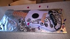 Gitarren Fondant Kuchen