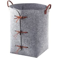 A spacious laundry basket with a unique and stylish character. Made of polyester felt and leather handles. Size: Laundry bin: cm Content: polyester felt Leather handles and laces No support sticks needed Laundry Bin, Laundry Hamper, Laundry Rooms, Bathroom Shop, Basket Bag, Leather Handle, Leather Craft, Bathroom Accessories, Interior Styling