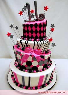 Photo courtesy of Pink Cake Box. This would be a great sweet 16 cake Fancy Cakes, Cute Cakes, Pretty Cakes, Beautiful Cakes, Amazing Cakes, Sweet 16 Birthday Cake, Birthday Cake Girls, 16th Birthday, Birthday Ideas