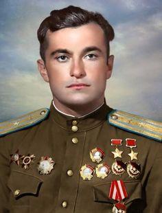 Амет-Ха́н Султа́н; 20 октября 1920 года — 1 февраля 1971 года) — советский военный лётчик-ас, участник Великой Отечественной войны, дважды Герой Советского Союза За время лётной работы он освоил около 100 типов летательных аппаратов, его налёт составил 4237 часов. Погиб при испытании самолёта 1 февраля 1971 года.