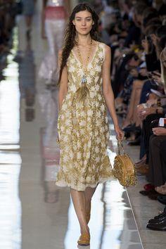 Tory Burch Spring 2013 Ready-to-Wear Fashion Show - Kati Nescher