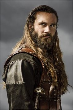 Clive Standen as Rollo, History Channel's Vikings Vikings Ragnar, Vikings Travis Fimmel, Lagertha, Vikings Tv Series, Vikings Tv Show, Viking Men, Viking Hair, Rollo Lothbrok, Arte Peculiar