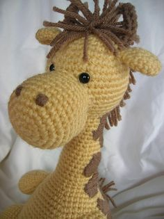 Girard the Giraffe  Amigurumi Crochet PATTERN ONLY by daveydreamer, $3.50 - So adorable!