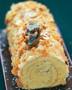 Recette de bûche pâtissière à la vanille et aux amandes grillées