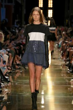 See the entire collection. Carla Zampatti, Alex Perry, Australian Fashion, Supermodels, Skater Skirt, Ready To Wear, Fashion Show, Runway, Vogue