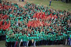 3000 personnes pour le record du plus grand sapin humain