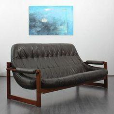 Lafer sofa