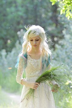 This is gorgeous!  And cute hair, too.