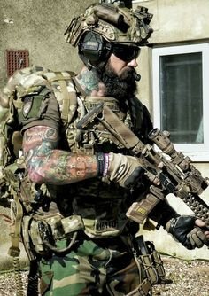 Save by Hermie Special Forces Gear, Military Special Forces, Airsoft, Tactical Beard, Tactical Operator, Delta Force, Special Ops, Military Pictures, Military Police