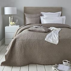 Audley Collection   Cushions, Bedspreads and Throws AW16 Main   Seasonal   The White Company UK
