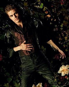 Paul wesley stars as stefan salvatore on the cw's the vampire diaries. stefan is the younger of the two vampire brothers and quickly falls for elena, Vampire Diaries Stefan, Vampire Diaries Season 2, Paul Wesley Vampire Diaries, Vampire Diaries Poster, Vampire Diaries Wallpaper, Vampire Diaries Cast, Vampire Diaries The Originals, Damon Salvatore, The Cw