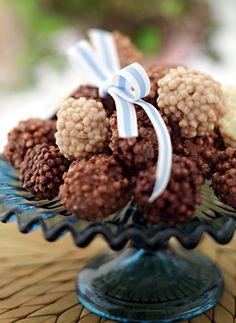 Bolinha crispi de cereal de arroz com chocolate