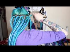 How To Install DE Dreadlocks! - YouTube I now want dreads! This looks so easy! @Fitchristian05