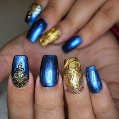 In love with this rustic heart design and the blue to die for!!!! #nails #nailsinorlando #nailsinkissimmee #nailpro #nailart #encapsulated #dopenails #dopenailtech #pronails #notpolish #nailporn #nailprodigy #exoticnails #nailjunkies #nailartaddict #glitternails #cutenails #greatnails #nailsofinstagram