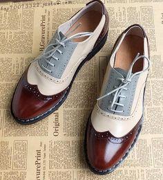 Britânico esculpida sapatos oxford vintage para mulheres de mão homens de correspondência de cores de couro salto plana