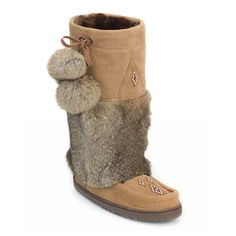 Snowy Owl Manitobah Mukluk in Oak Cindy Crawford, Ugg Boots, Shoe Boots, Shoes, Beyonce, Ulzzang, Winter Outfits, Leather Craft Tools, Winter Mode
