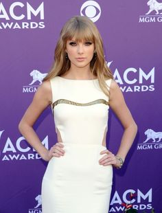 Taylor Swift at 47th Annual Academy of Country Music Awards : Current Issues/Events - FunFunky.com