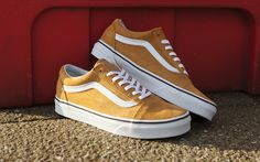 These yellow Old Skool Vans ought to brighten up your day! Clothing, Shoes & Jewelry : Women : Shoes : Fashion Sneakers : shoes http://amzn.to/2kB4kZa