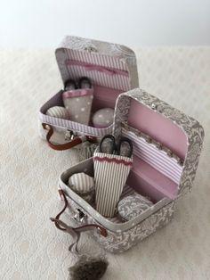 やはり人気のお裁縫箱セット : Macaronnage STYLE Sewing Rooms, Soap, Mini, Cartonnage, Valentine's Day Diy, Gifts, Crates, Bar Soap, Sewing Studio