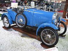 1921 Amilcar CC racecar. ✏✏✏✏✏✏✏✏✏✏✏✏✏✏✏✏ IDEE CADEAU / CUTE GIFT IDEA ☞ http://gabyfeeriefr.tumblr.com/archive ✏✏✏✏✏✏✏✏✏✏✏✏✏✏✏✏