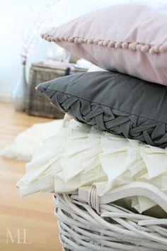 pink & grey cushions