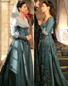 muhtesem yuzyil kosem, magnificent century kosem, kosem sultan, teal dress, lace accent