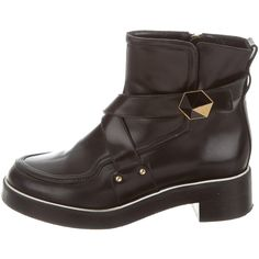 Pre-owned Nicholas Kirkwood Leather Round-Toe Ankle Boots (425 CAD) ❤ liked on Polyvore featuring shoes, boots, ankle booties, black boots, leather booties, black leather bootie, buckle ankle boots and leather ankle boots