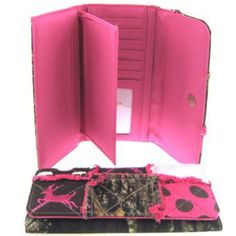Amazon.com: Patchwork Leaf Camo Wallet Camouflage Deer and Polka Dots (Pink Wallet): Clothing