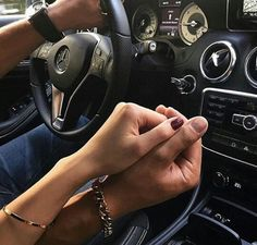 Image via We Heart It #boyfriend #car #couple #girlfriend #nails #Relationship #love